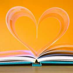 greeting e-card Book - a heart made of pages