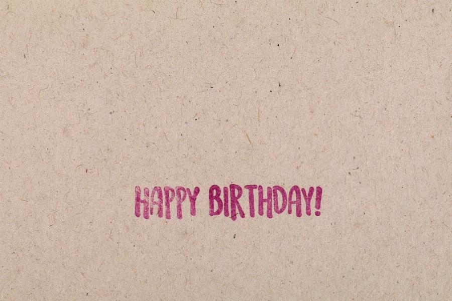 Greeting e-card Simple Happy Birthday Card